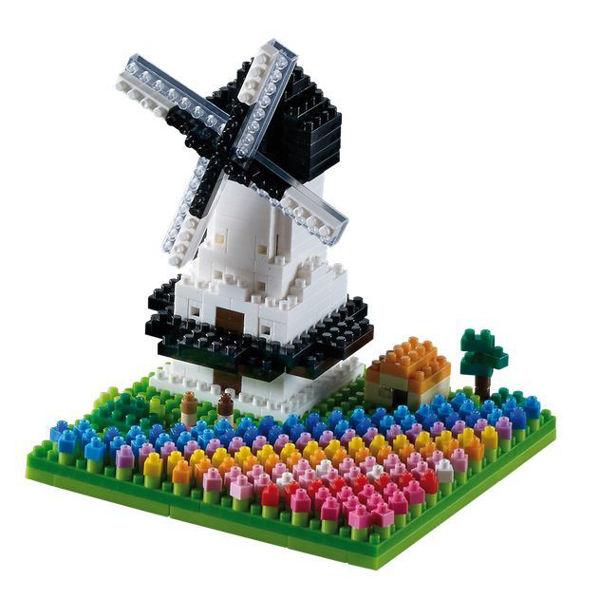 Bild von BRIXIES Windmühle mit Tulpen