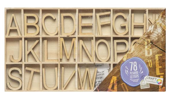 Bild von Holzbuchstaben zum Dekorieren, 78 Stück